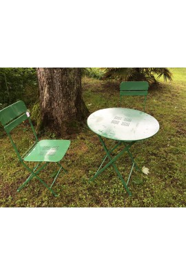 salon vert table + 2 chaises